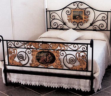Italian Wrought Iron Beds and Bedroom Accessories (Il Letto e Dintorni ...